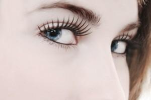 singlehairtransplant-eyebrow-eyelashes
